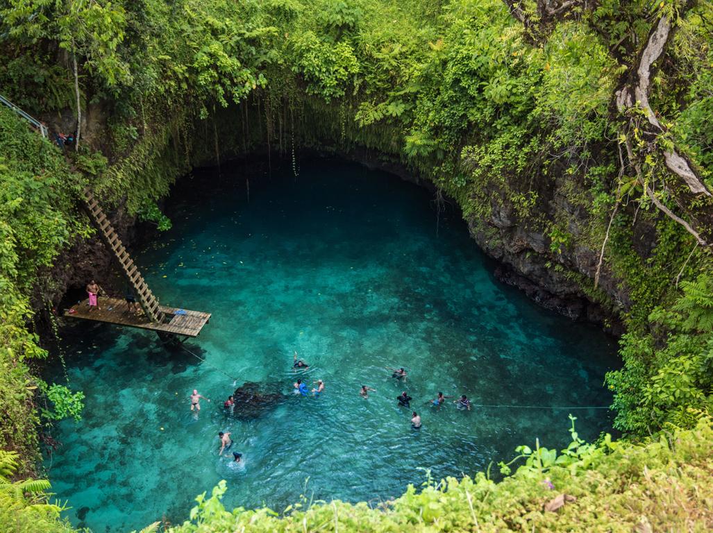 南太平洋の宝島サモアの自然と文化を体感する