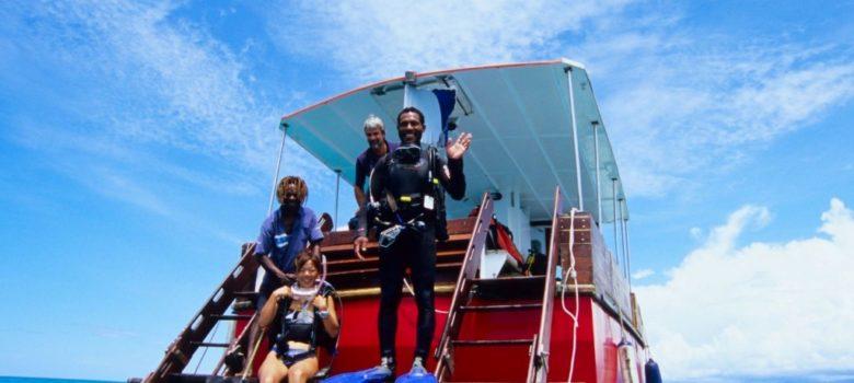 オープンウォーターダイバー以上のCカードを所有している方を対象にしたファンダイビングツアー、バラエティに富んだポートモレスビー沖合のスポットを潜ります